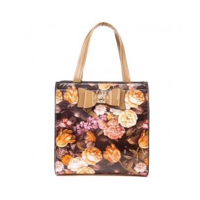 Exkluzív lakkozott flower táska - bézs