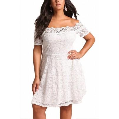 Csipkés plusz size ruha Serena - fehér